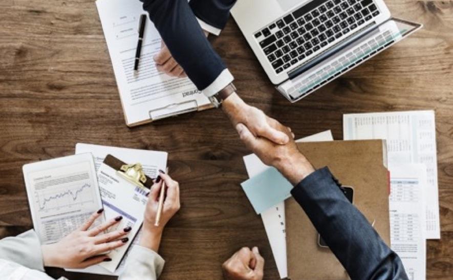 Éxito o desaparición de empresas